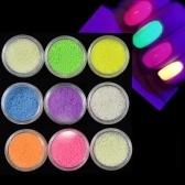 Красочный красивый флуоресцентный песок