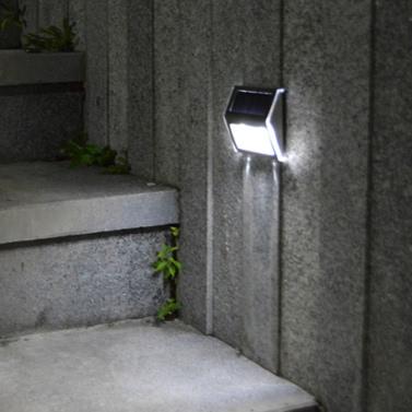 Luz solar con panel solar policristalino 2LEDs