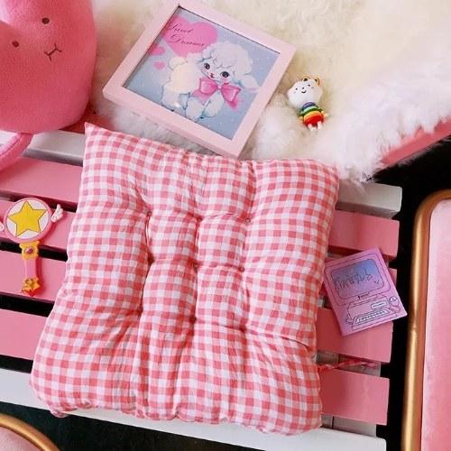 Cojín japonés suave linda niña enrejado rosa
