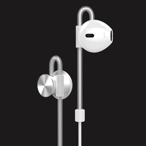 2018 new sports magnetic metal bass in-ear earphones