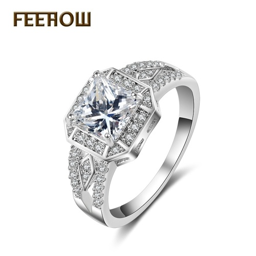 مجوهرات خاتم الماس الإناث أربعة مخالب خاتم الزركون