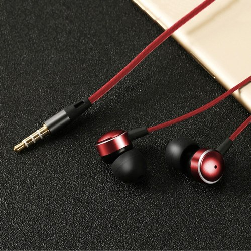 New metal in-ear headphones heavy bass with wheat line control