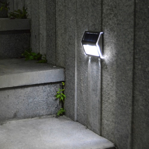 Solar-powered Light With 2LEDs Polycrystalline Solar PanelHome &amp; Garden<br>Solar-powered Light With 2LEDs Polycrystalline Solar Panel<br>