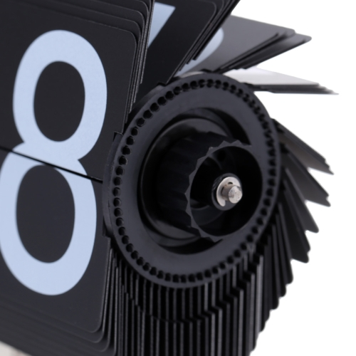 Small Scale Table Clock Retro Flip Over Clock Stainless Steel Flip Internal Gear Operated Quartz Clock Black/WhiteHome &amp; Garden<br>Small Scale Table Clock Retro Flip Over Clock Stainless Steel Flip Internal Gear Operated Quartz Clock Black/White<br>