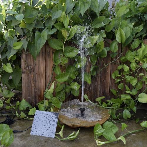 Pompe à eau à énergie solaire