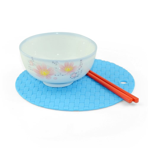 Knitted Circular Insulation Cushion Multi-functional Silicone Heat Resistant Pad Non-slip Kitchen Use Anti Ironing Casserole Mat THome &amp; Garden<br>Knitted Circular Insulation Cushion Multi-functional Silicone Heat Resistant Pad Non-slip Kitchen Use Anti Ironing Casserole Mat T<br>