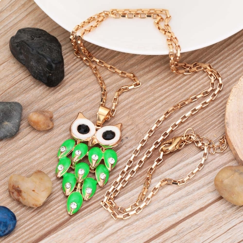 Fashion Vintage Retro Green Crystal Rhinestone Feather Hollow Owl Pendant Necklace Sweater Chain Metal Alloy Bird Jewelry for WomaApparel &amp; Jewelry<br>Fashion Vintage Retro Green Crystal Rhinestone Feather Hollow Owl Pendant Necklace Sweater Chain Metal Alloy Bird Jewelry for Woma<br>