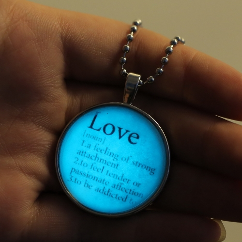 Brilliant Noctilucent Jewelry English Words Glowing Pendant Round Dome Cabochon Chain Retro Fashion Necklace for FemaleApparel &amp; Jewelry<br>Brilliant Noctilucent Jewelry English Words Glowing Pendant Round Dome Cabochon Chain Retro Fashion Necklace for Female<br>
