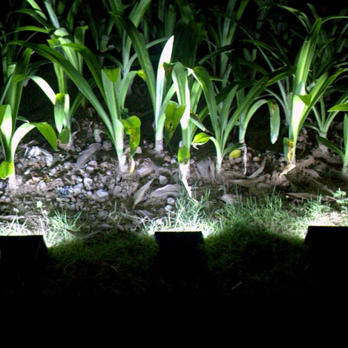 Ultra Bright 30 LED Solar Powered Light Sensor Lamp Panel Outdoor Security Spotlight for Lawn Garden Pool Pond Road Pathway DrivewHome &amp; Garden<br>Ultra Bright 30 LED Solar Powered Light Sensor Lamp Panel Outdoor Security Spotlight for Lawn Garden Pool Pond Road Pathway Drivew<br>