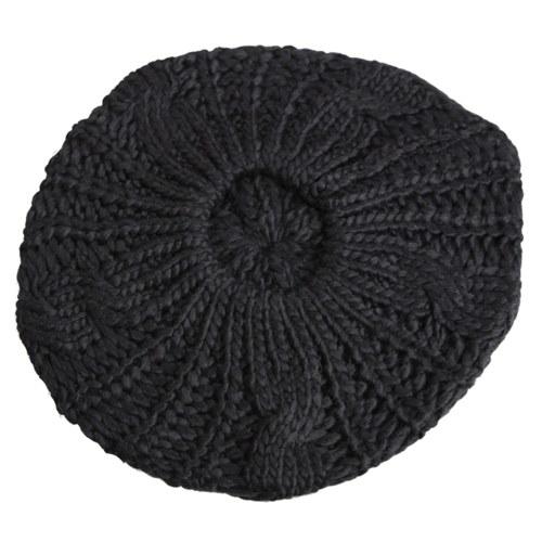 Зимние теплые женские трикотажные плетеные шапочки