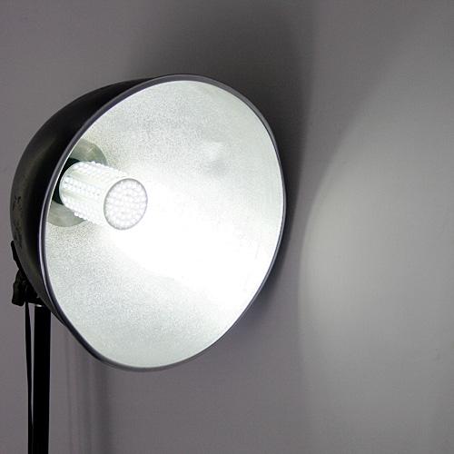 220V Bright 166 LEDs 8W E27 360°Cold White LED Corn Light BulbHome &amp; Garden<br>220V Bright 166 LEDs 8W E27 360°Cold White LED Corn Light Bulb<br>