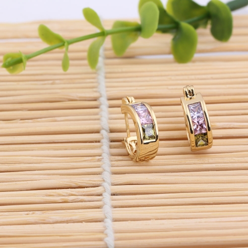1Pair Colorful Crystal Zircon 18K Gold Plated Vintage Retro Wide Hoop Hollow Earrings Jewelry Gift for Women LadyApparel &amp; Jewelry<br>1Pair Colorful Crystal Zircon 18K Gold Plated Vintage Retro Wide Hoop Hollow Earrings Jewelry Gift for Women Lady<br>