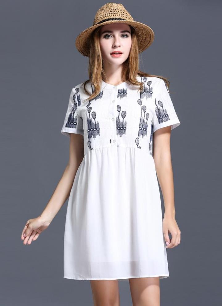 White Xxxl Trendy O Neck Short Sleeve Embroidery Chiffon Plus Size