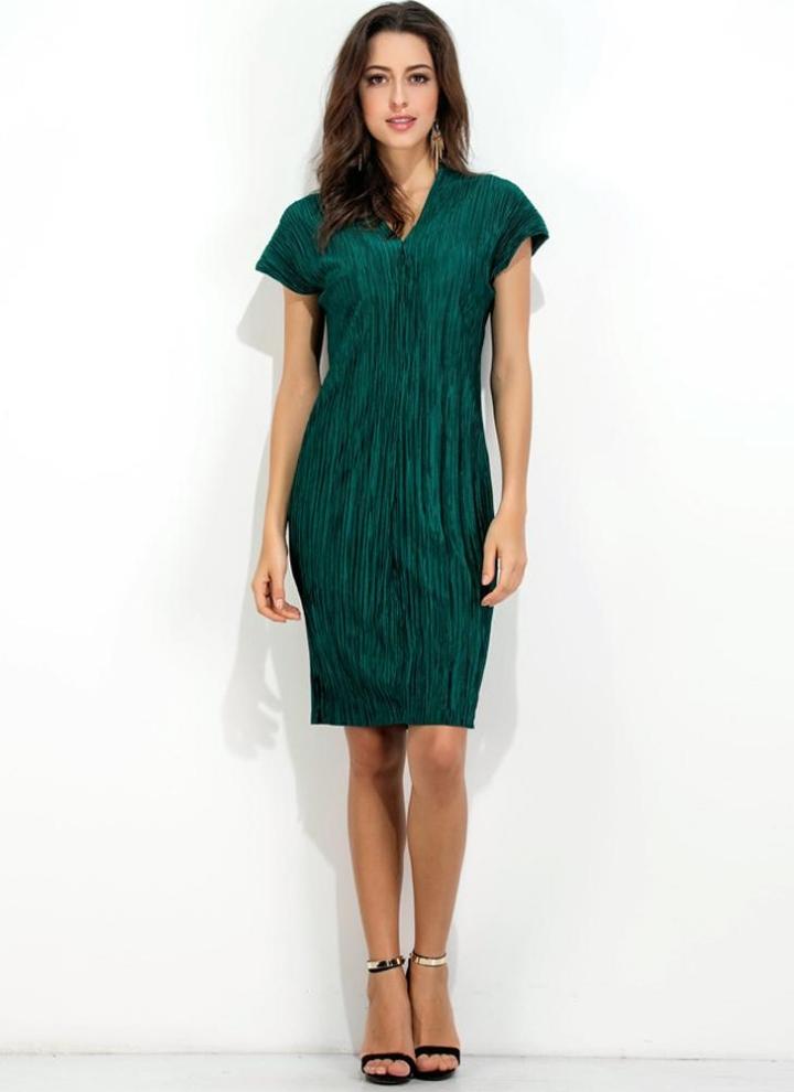 Kleid v ausschnitt grun