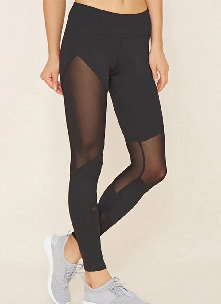 Sexy women in yoga pants pics