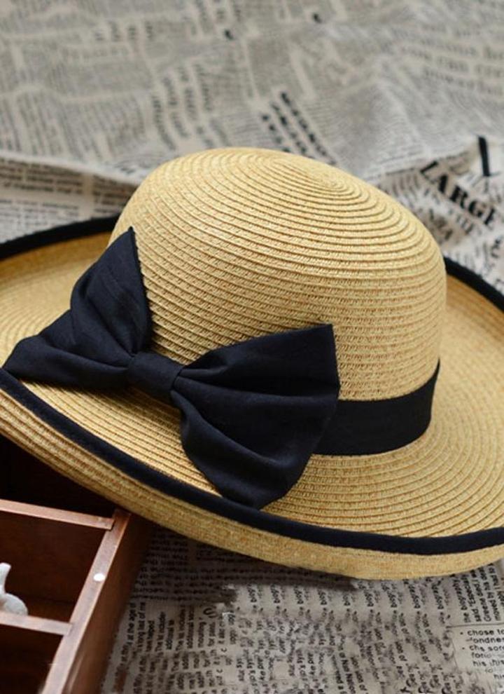 Moda mulheres palha praia chapéu preto Bowknot fita enrolar guarnição chapeu  de tampas de caqui 66225ae6097