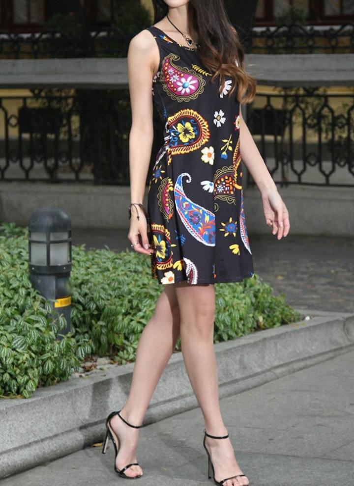 Nuova estate delle donne del mini vestito floreale dell annata senza  maniche con stampa casuale 4b7c91ff6d1