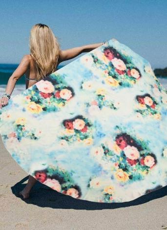 Femmes couvrent Ups Cape maillot de bain