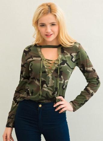 Mode féminine Camouflage à manches longues T-shirt Lace Up Neck Cross T-Shirt imprimé Sexy Slim Tops Army Green