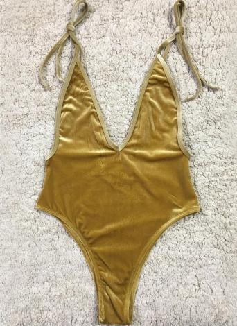 Bikini senza schienale imbottito con reggiseno imbottito push-up con scollo a V in velluto