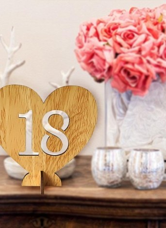 20pcs 1-20 Wooden Wedding Table Number Holders with Base for Reception and Tables Decorations Style 1