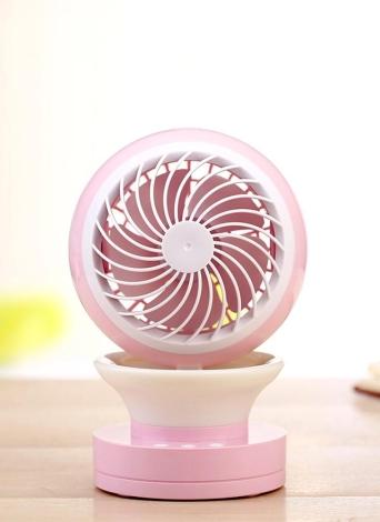 Mini USB Desk Ventilatore antiappannamento Ventilatore a 2 velocità con funzione di nebulizzazione Aria condizionata Umidificatore per ventilatore umidificatore