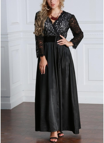 Plus Size Dress Code for Dinner