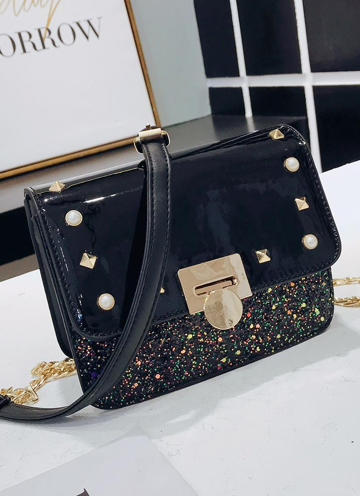 Las mujeres de la manera del cuero de la PU Crossbody bolso Flap Rivet Front Rebordear Messenger Bag Casual Shoulder Bag