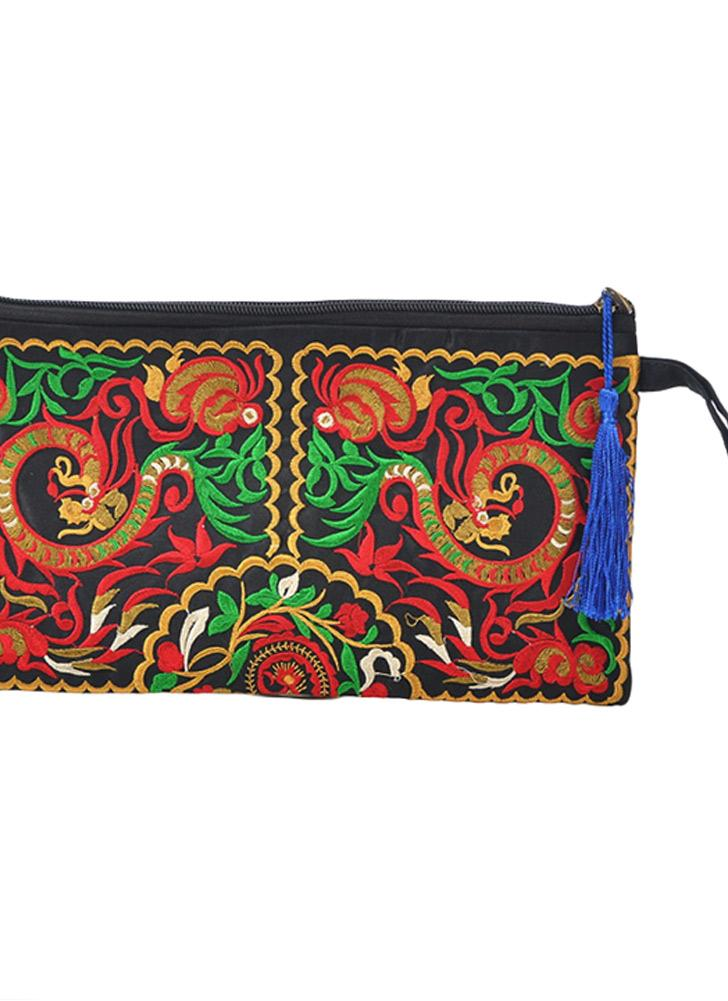 Embroidery Contrast Wrist Strap Clutch Purse