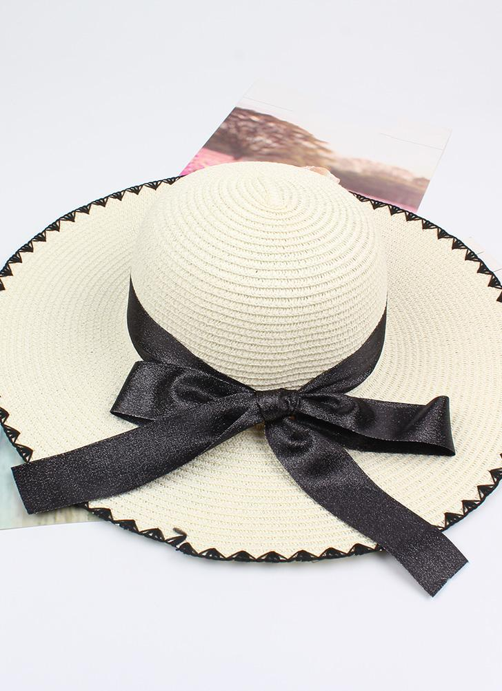 4b7af1fee8e Women Sun Straw Hat Contrast Bowknot Wide Large Brim Foldable Floppy Casual Summer  Beach Cap