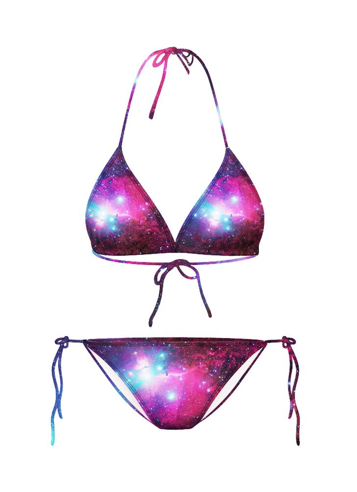 sexy Mädchen in durchschauen Bikinis