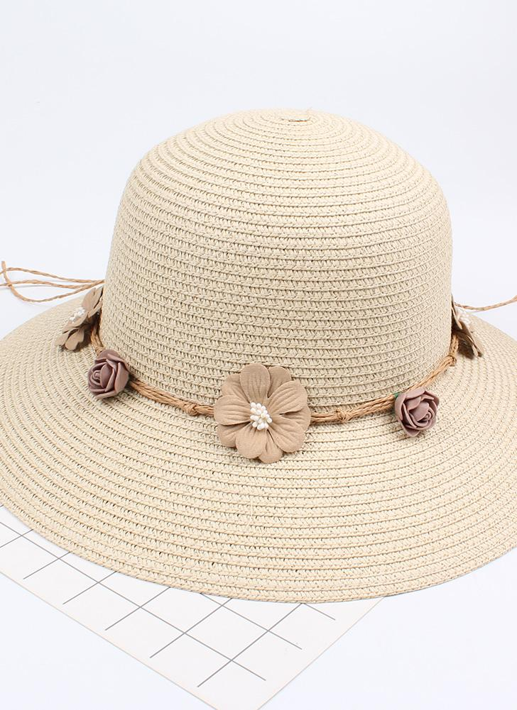 Sombrero de paja de la flor de las mujeres del verano Garland Sombrero de  la playa 8804a3822a4
