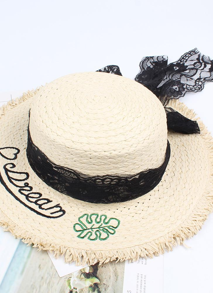 Moda Mulheres Carta Bordado Chapéu De Palha Lace Bowknot Aba Larga Viajando  Praia Pescador Bonnie Chapeau f4e9e07e851