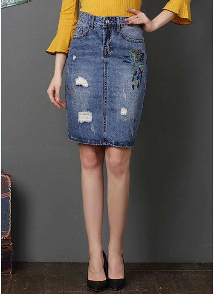 l bleu clair femmes d chir denim jupe broderie jean mini jupe split jupe crayon lav chicuu. Black Bedroom Furniture Sets. Home Design Ideas