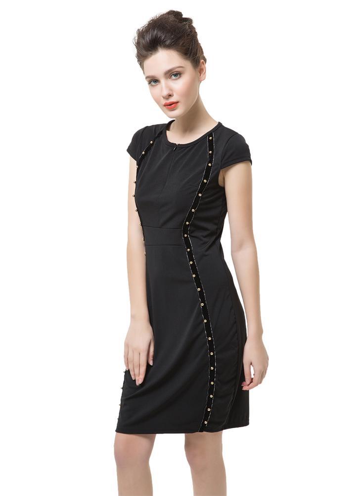 Nouvelle mode femmes crayon robe cloutée décoration à capuche manches courtes avant Mini Bodycon Fit Sexy une pièce noir