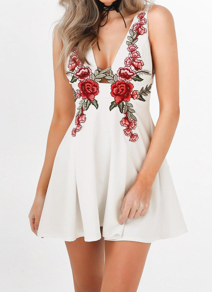 Embroidery Deep V Neck Sleeveless High Waist Women's Mini Skater Dress