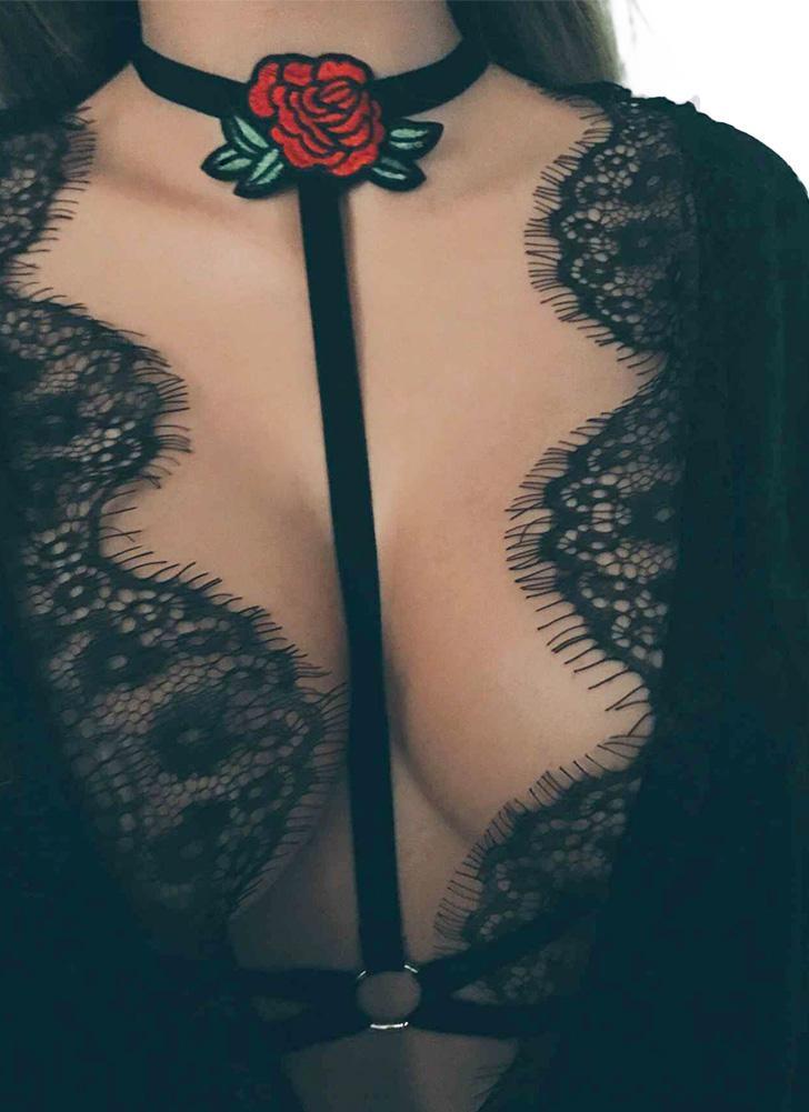 Цветочные Эластичный Strappy Холтер шеи готические Стринги женщин Интимная