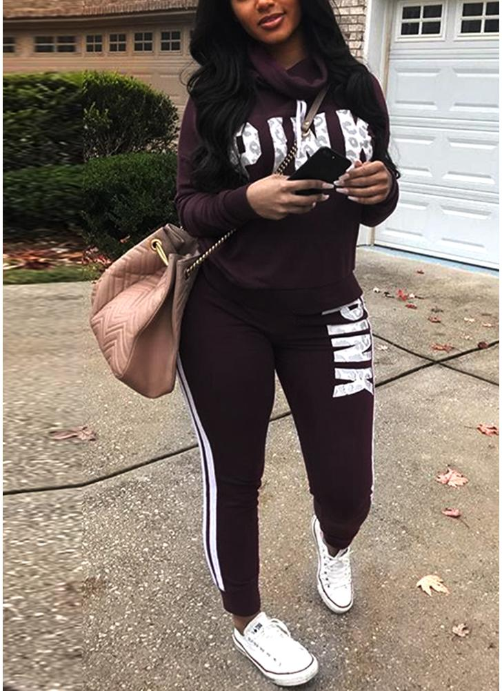 Женские свитера с капюшоном