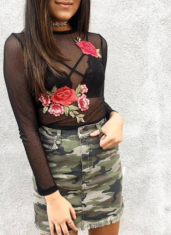 Maglietta semi-sheer del maglione della maglia del ricamo floreale di modo O Neck