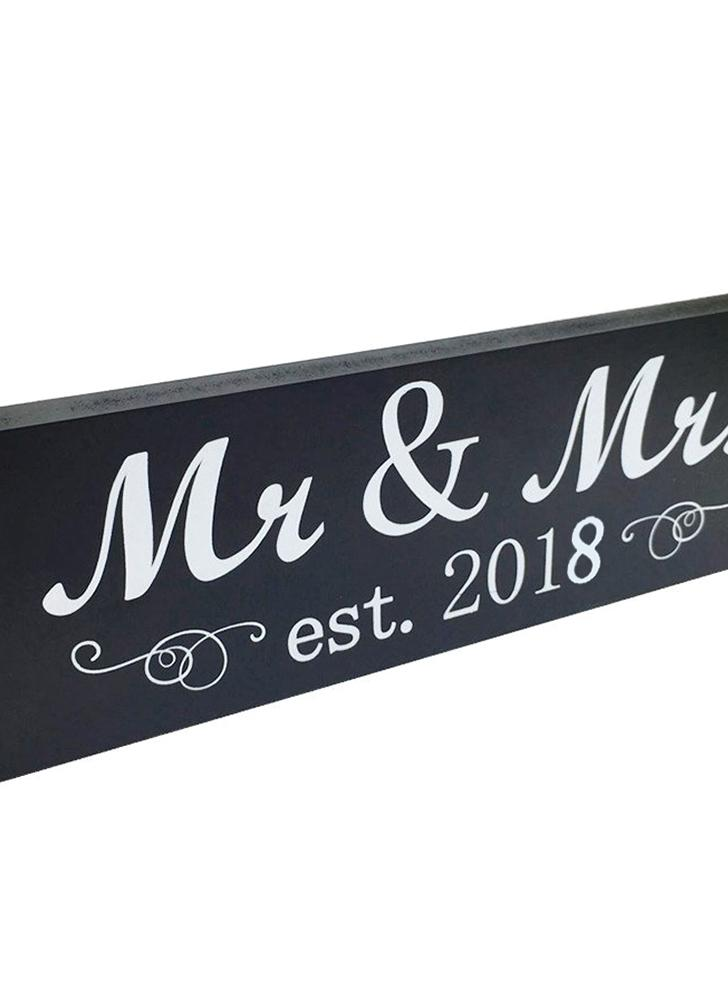 Mr & Mrs 2018 Sign Wood Sweetheart Table Wall Decoration for Wedding Anniversary Photo Props Party Banner
