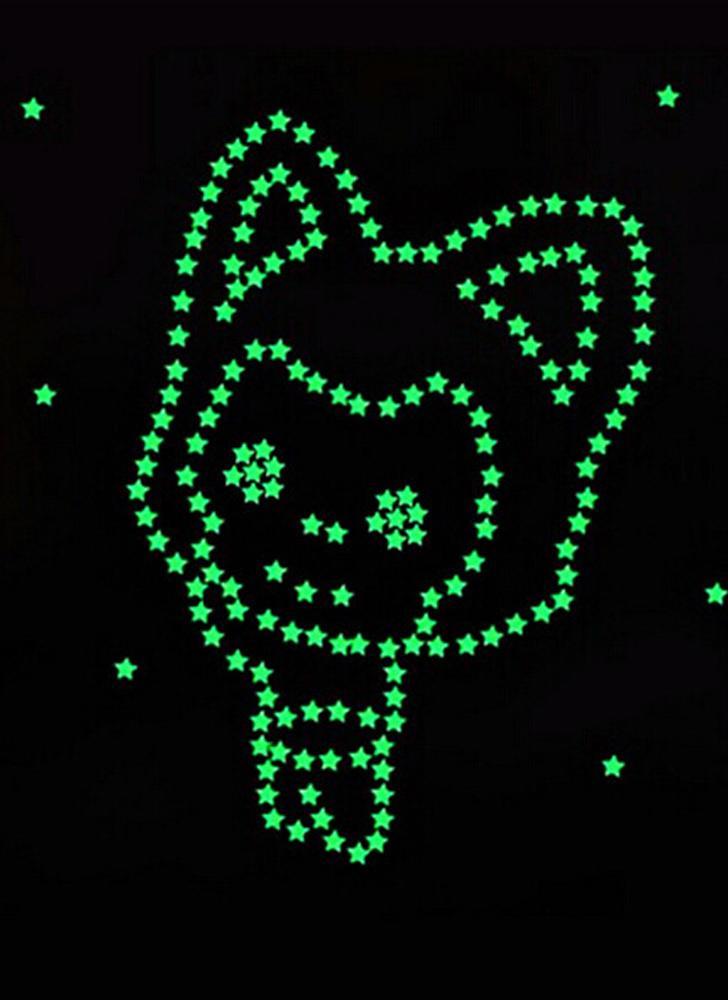 Romantique Noctilucent Star Forme Autocollant Festivel Fluorescent Autocollants 3d Décoration Murale Bâton Douce Nuit Étoiles