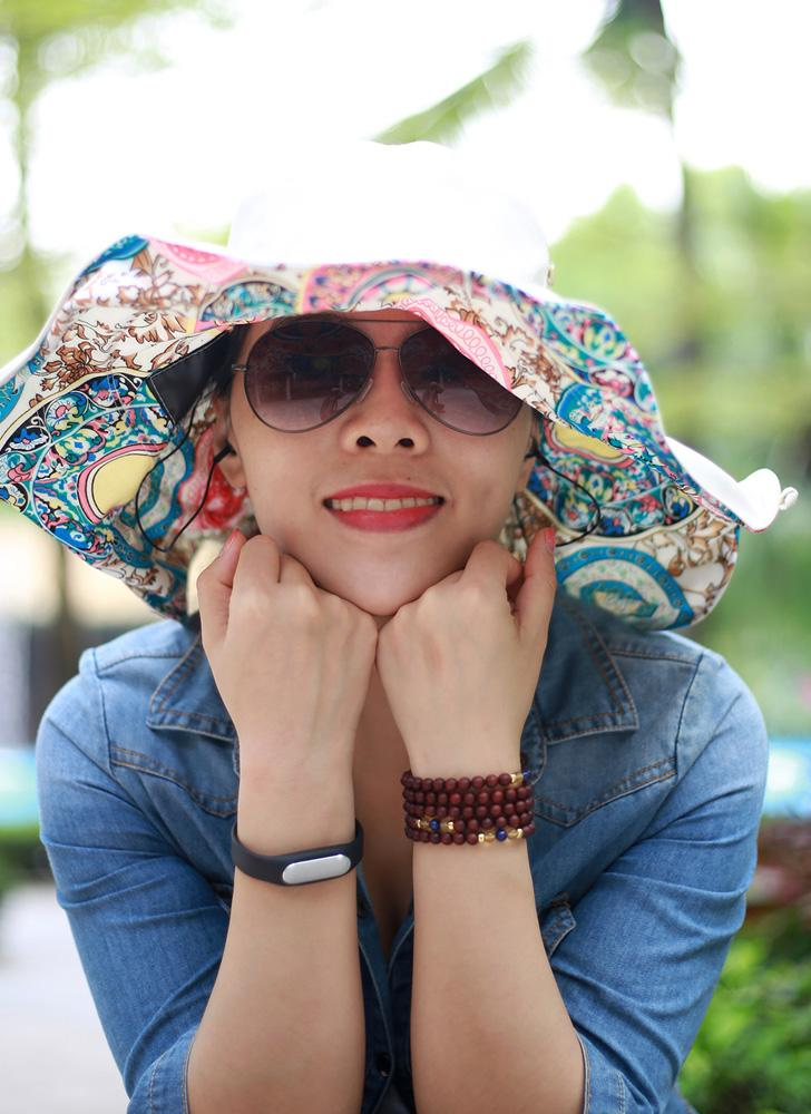 New Fashion Nylon Bluetooth Sun Hats Large Brimmed Bohemian Big Flower Hat for Woman Summer Bluetooth Music Hat Wireless Hands-Free Smart Beach Cap Headphone Headset Speaker Mic