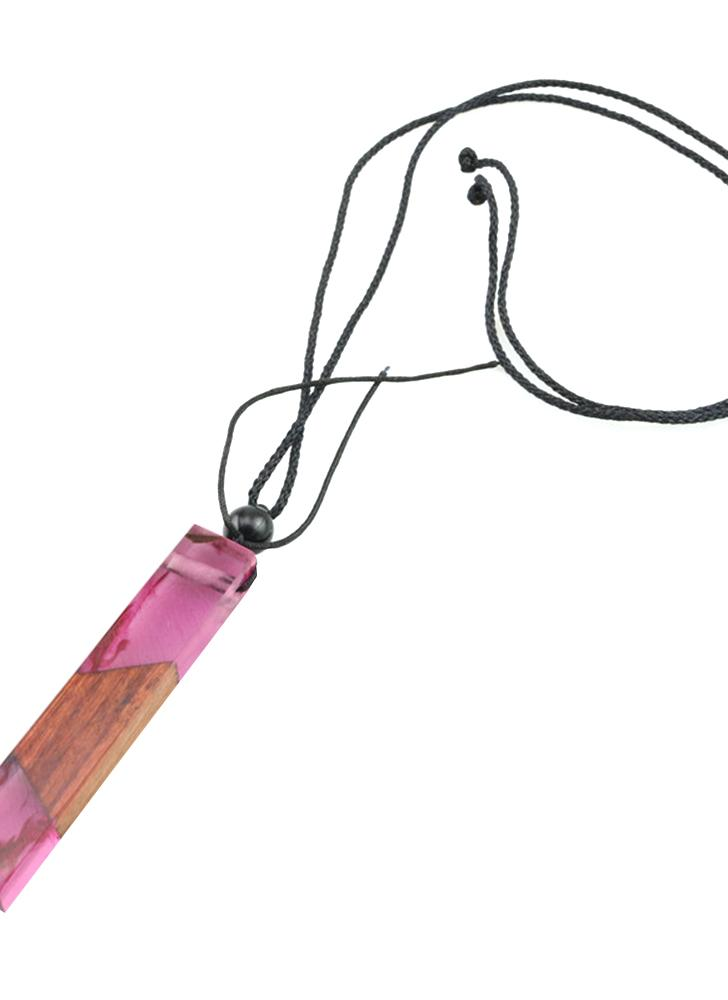 Vintage Handmade Resin Wood Pingente Pendant Girl Holiday Leisure Necklace Mulheres Jóias Elegantes Gift Color Aleatório