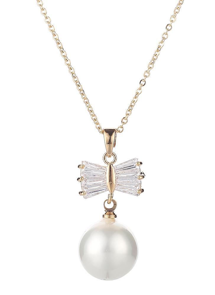 Simple Fashion Drop Design Pendant Pearl Butterfly Women Necklace