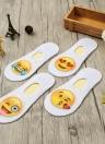 Nueva manera de las mujeres calcetines deportivos linda Emoji Imprimir escotados pegan la no presentación del trazador de líneas antideslizante
