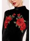 Tubino in velluto a fiori aderente con ricamo floreale in velluto