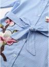 A rayas florales apliques bordados abajo de la cintura de la correa vestido camisa casual
