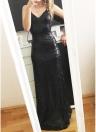 Maxi vestito aderente con cerniera lampo con scollo a V e schiena aperta