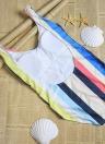 Costume da bagno donna a righe con taglio alto e taglio spiaggia
