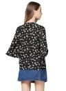 La camicia della stampa del fiore sexy increspa la camicetta delle donne allentate della manica del flare dell'arco anteriore